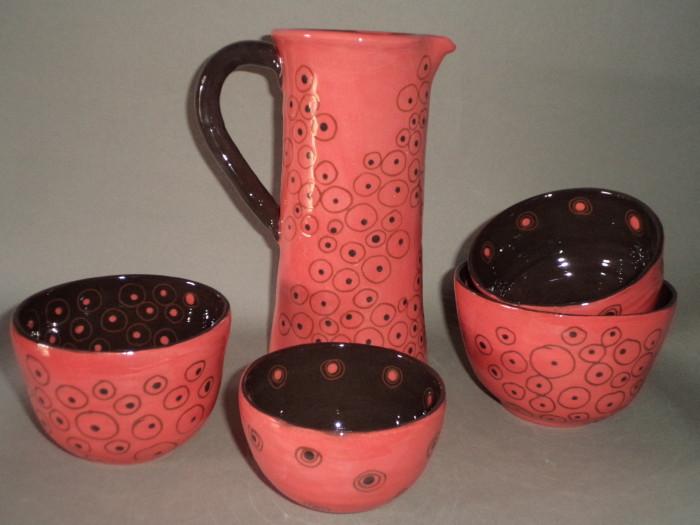 carafe et tasses rose/brun